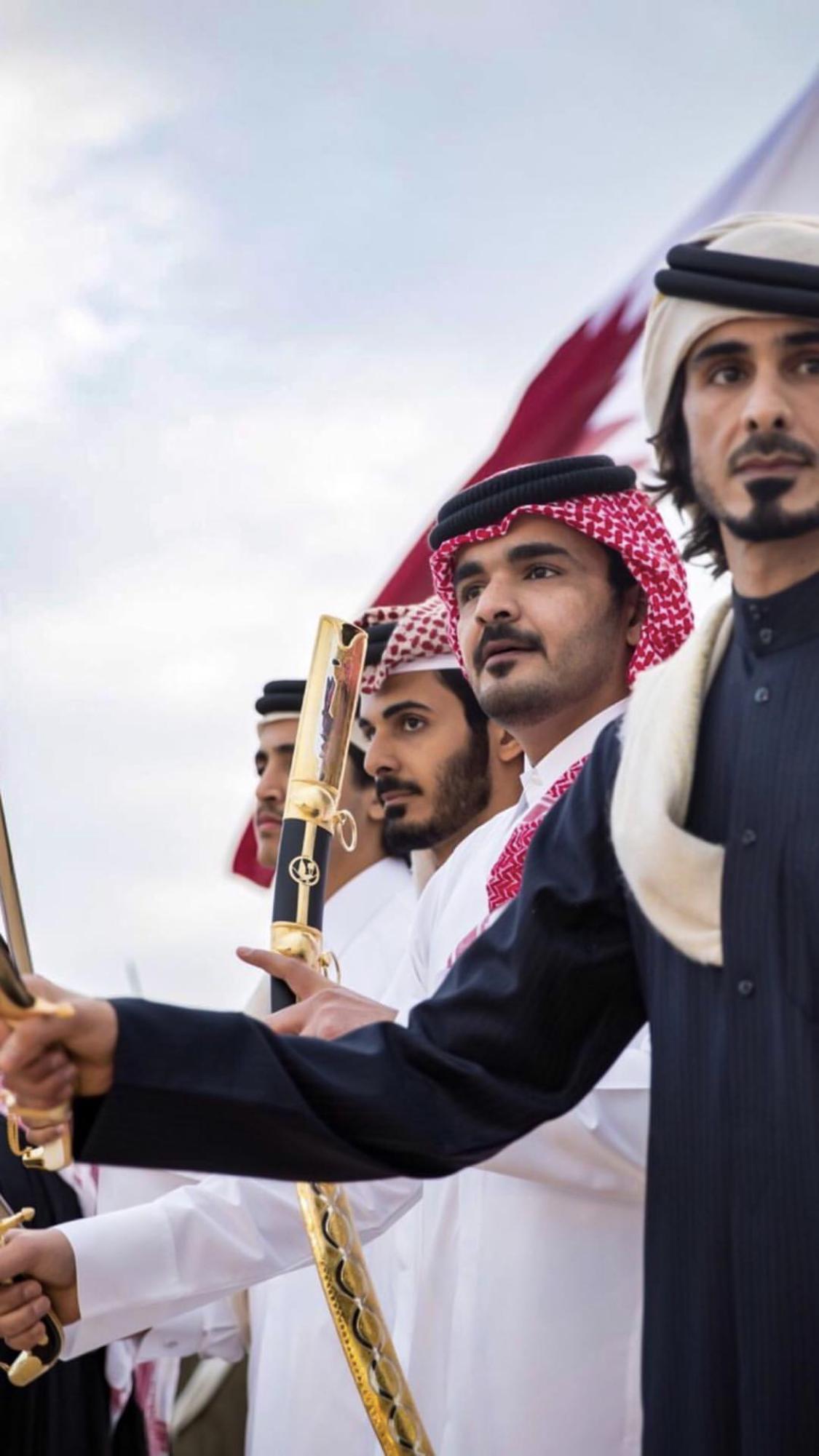 الشيخ جاسم بن حمد و الشيخ جوعان بن حمد و الشيخ خليفه بن حمد و