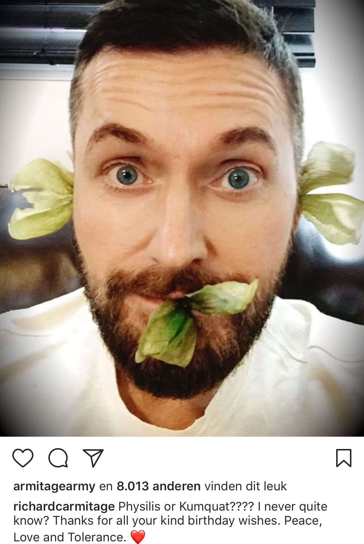 6c1e9e3cd2 22-8-2017 Birthday boy Richard Armitage posts a selfie on Instagram ...