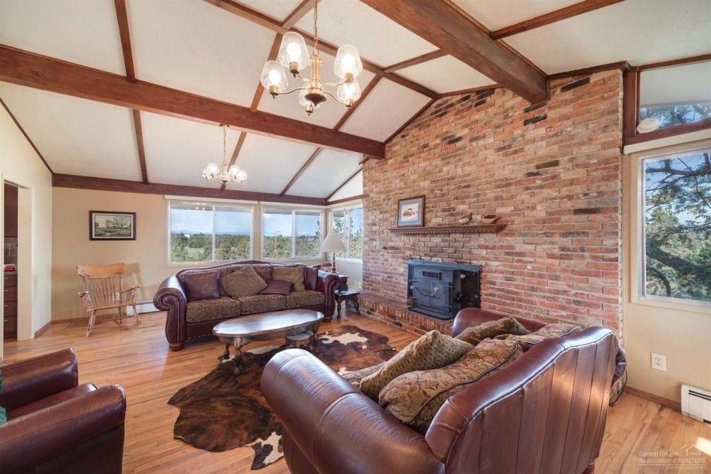 living room 1585 NW 35th Bend oregon, Central oregon, Oregon