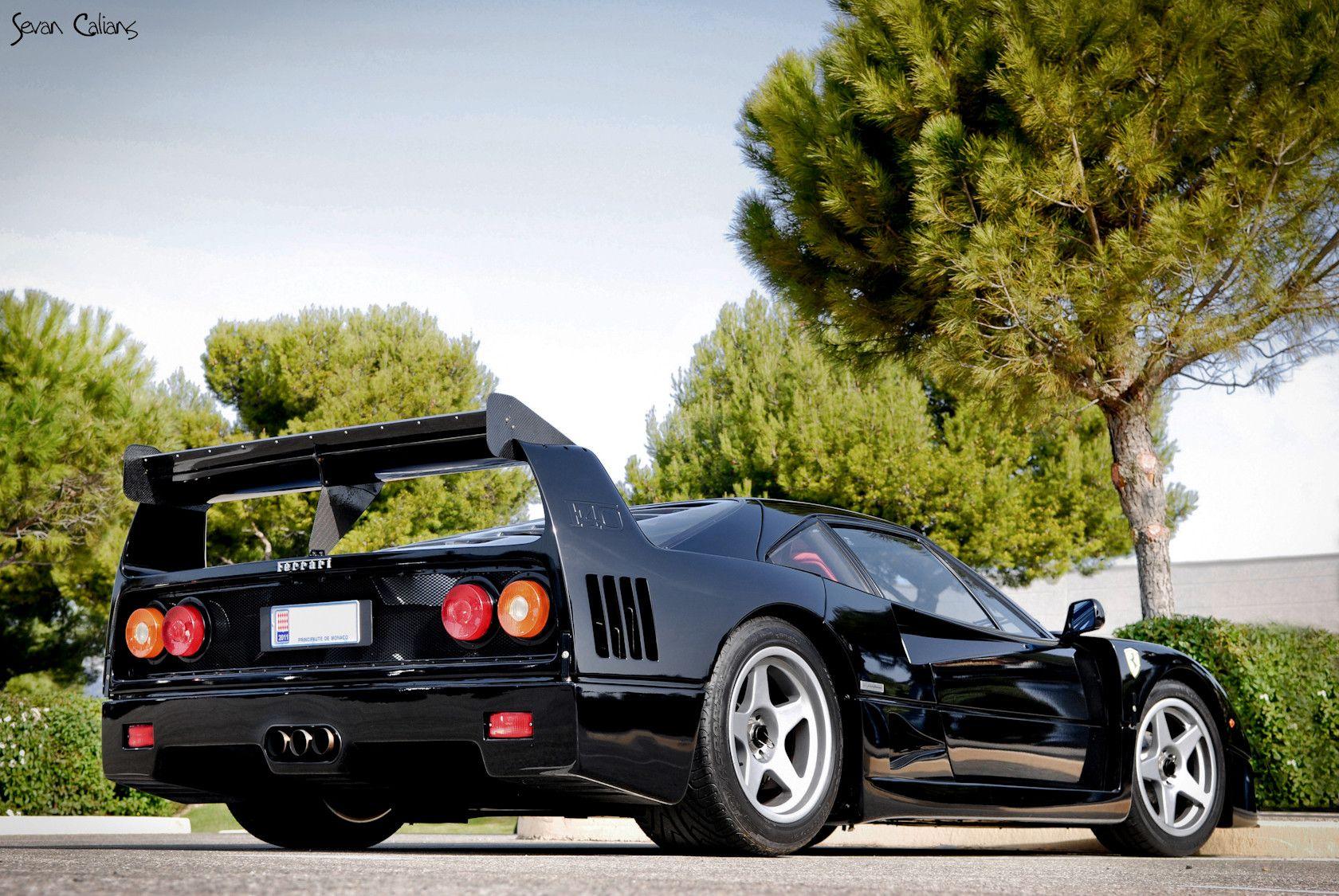 F40 In Black With Some Lm Modifications Post Factory Ferrari F40 Ferrari Top Cars