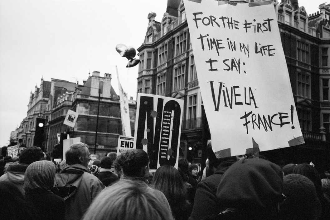 Marc Riboud - G.B England. London. Anti-War Protests 2003