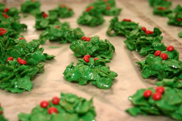 Holly Cookies Recipe Christmas Cookies Cakes Treats