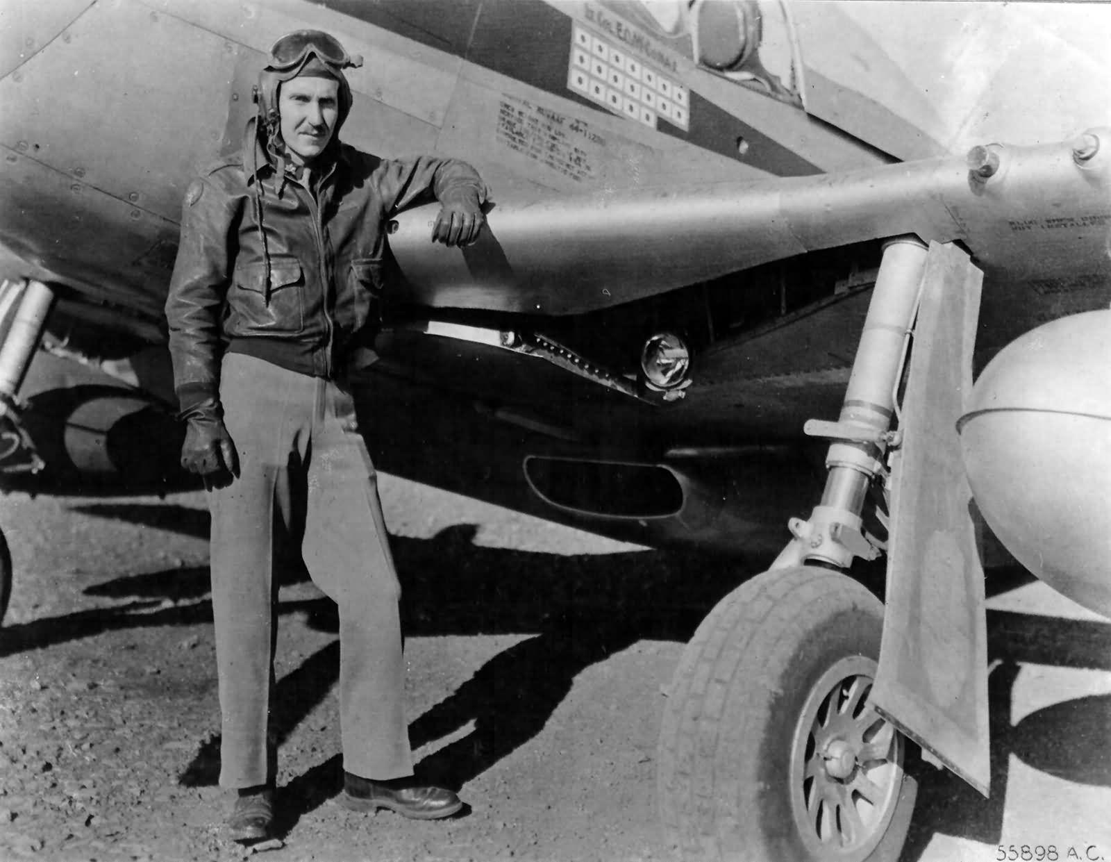 P-51D_44-11280_Pilot_Lt_Col_Edward_Mccomas_of_the_118th_Trs_23rd_FG.jpg 1,600×1,241 pixels