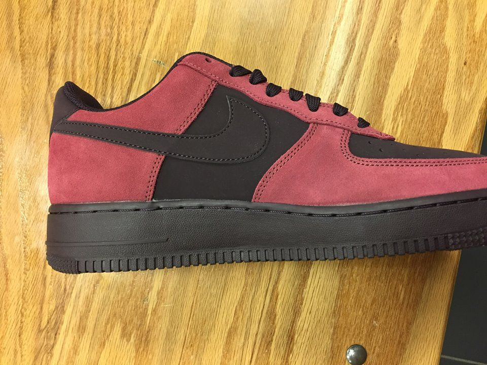lowest price b5494 83c91 Quick Look At The Air Force one 1 Low Port Wine 820266 605