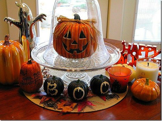 Halloween Centerpiece Ideas - love the drippy boo pumpkins - halloween centerpiece