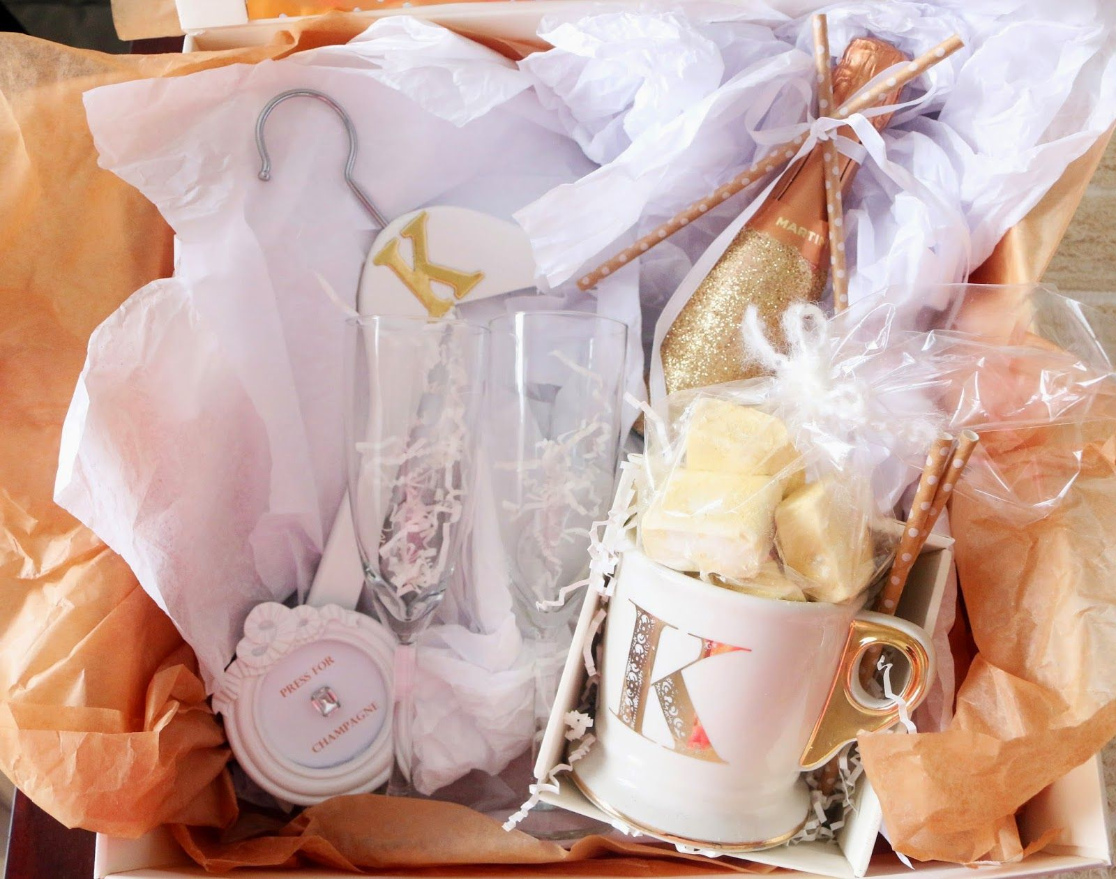 DIY Press for Champagne Gift Box | Champagne gift, Clever ...