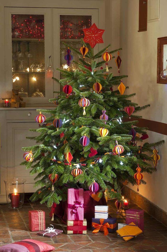 1001 ideen wie sie ihren weihnachtsbaum schm cken wie ein profi weihnachten und silvester. Black Bedroom Furniture Sets. Home Design Ideas