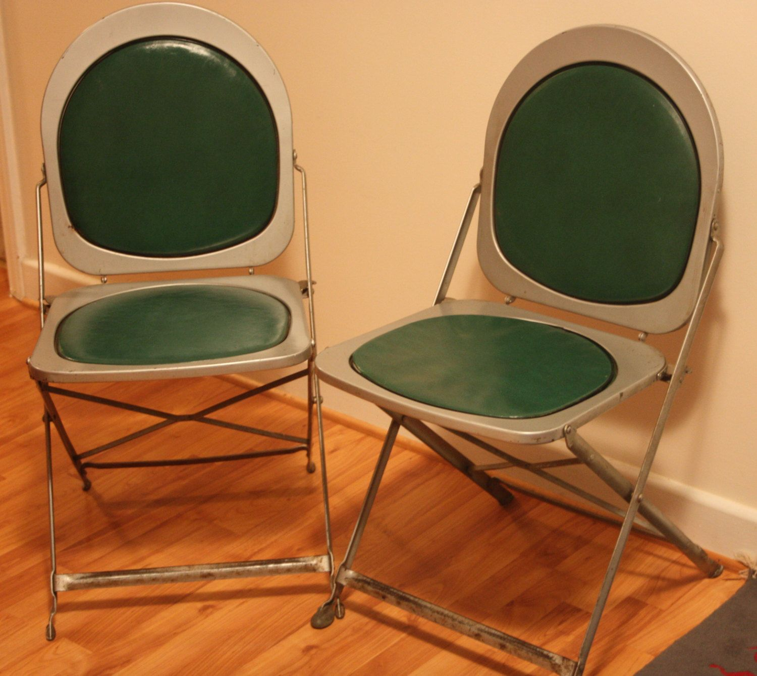 Vintage Deco Chairs Set Of 2 Brewer Titchener Corp BTC Hostess Industrial  Chic 1940s Metal Folding Chairs In Green By ArtBarn On Etsy