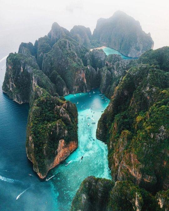 Koh Phi Phi Leh: Phi Phi Leh Island In Thailand