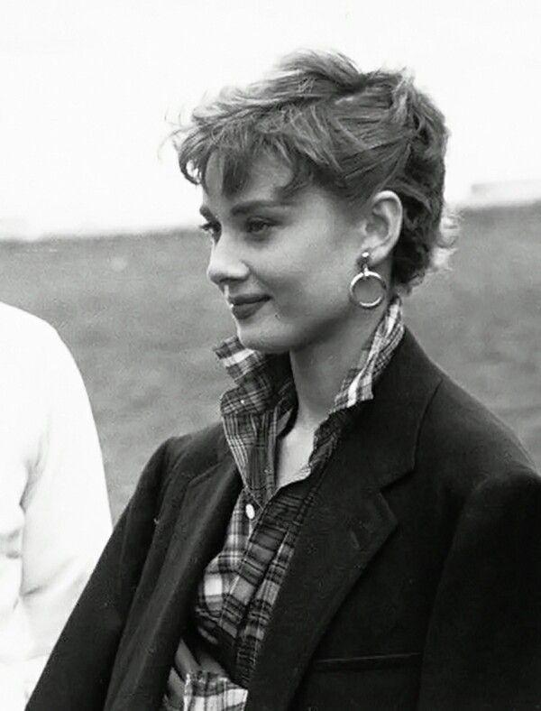 Audrey Hepburn Image Roman Holiday Audrey Hepburn Roman Holiday Audrey Hepburn Images Audrey Hepburn Hair