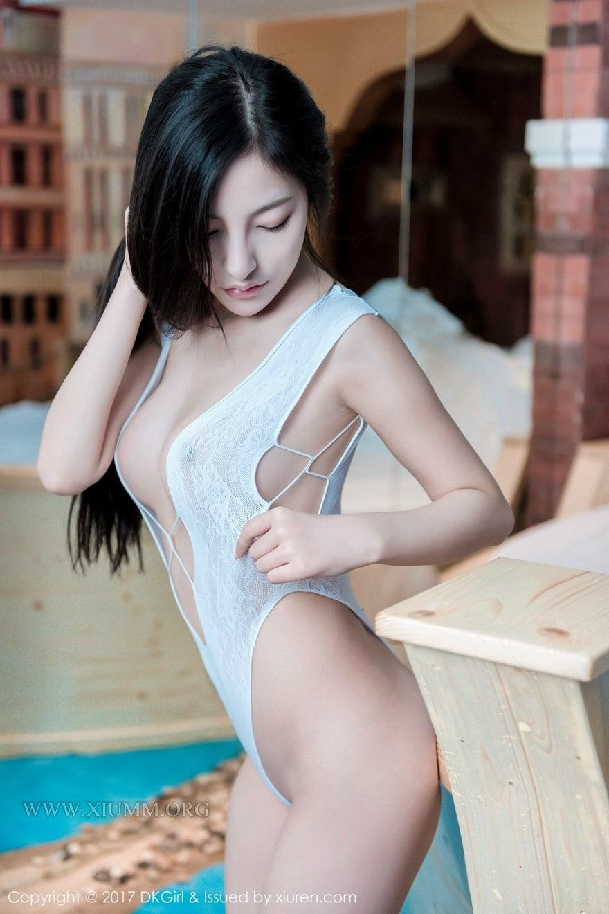 Asian girls pics gallery