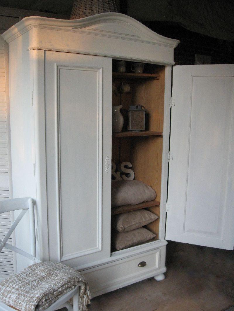 Koloniaal dressoir wit geschilderd met krijtverf en bovenblad ...