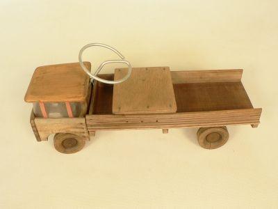 Camion trotteur | Toys | Trotteur en bois, Camion en bois ...
