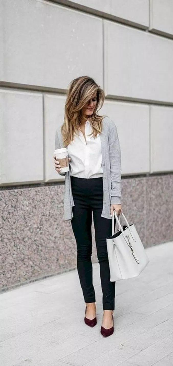 √ 58 professional casual office outfit for young women 22casualoutfit #officeoutfit #fashionforwomen # | remember.org #businessattireforyoungwomen