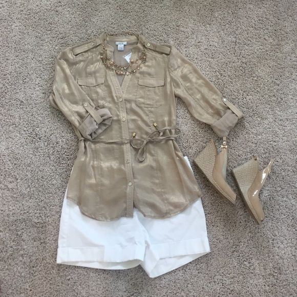 Cache NWT Gold Blouse Cache NWT Gold Blouse with pockets and tie belt. Size small. Beautiful hardware and button details. Perfect for a summer night when paired with white shorts and wedges! Cache Tops