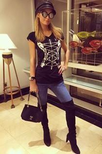f32ffd25cc960 Paris Hilton Instagram Pic October 25