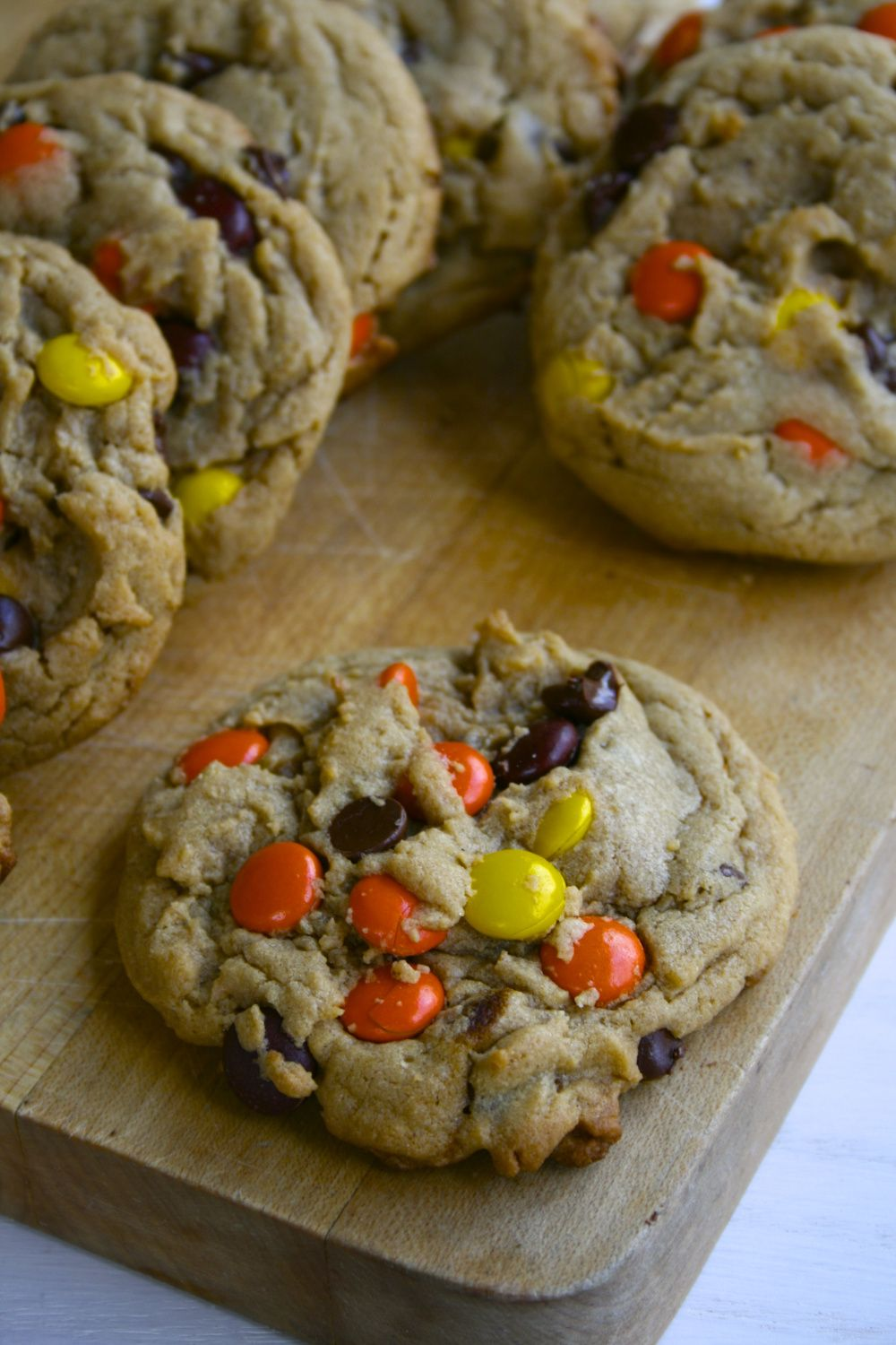 Peanut butter chocolate chip reeces pieces cookies
