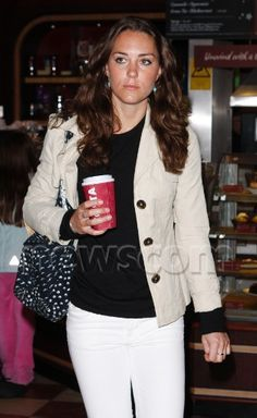 12/21/2007 Kate and Family at airport from Barbados