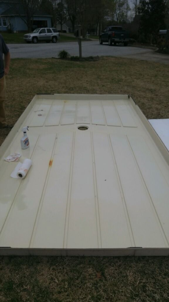 Road Cover Roof Off Getting A Good Cleaning Using Standard Cleaner 77 Apache Roamer Apache Camper Camper Trailer Remodel Vintage Camping