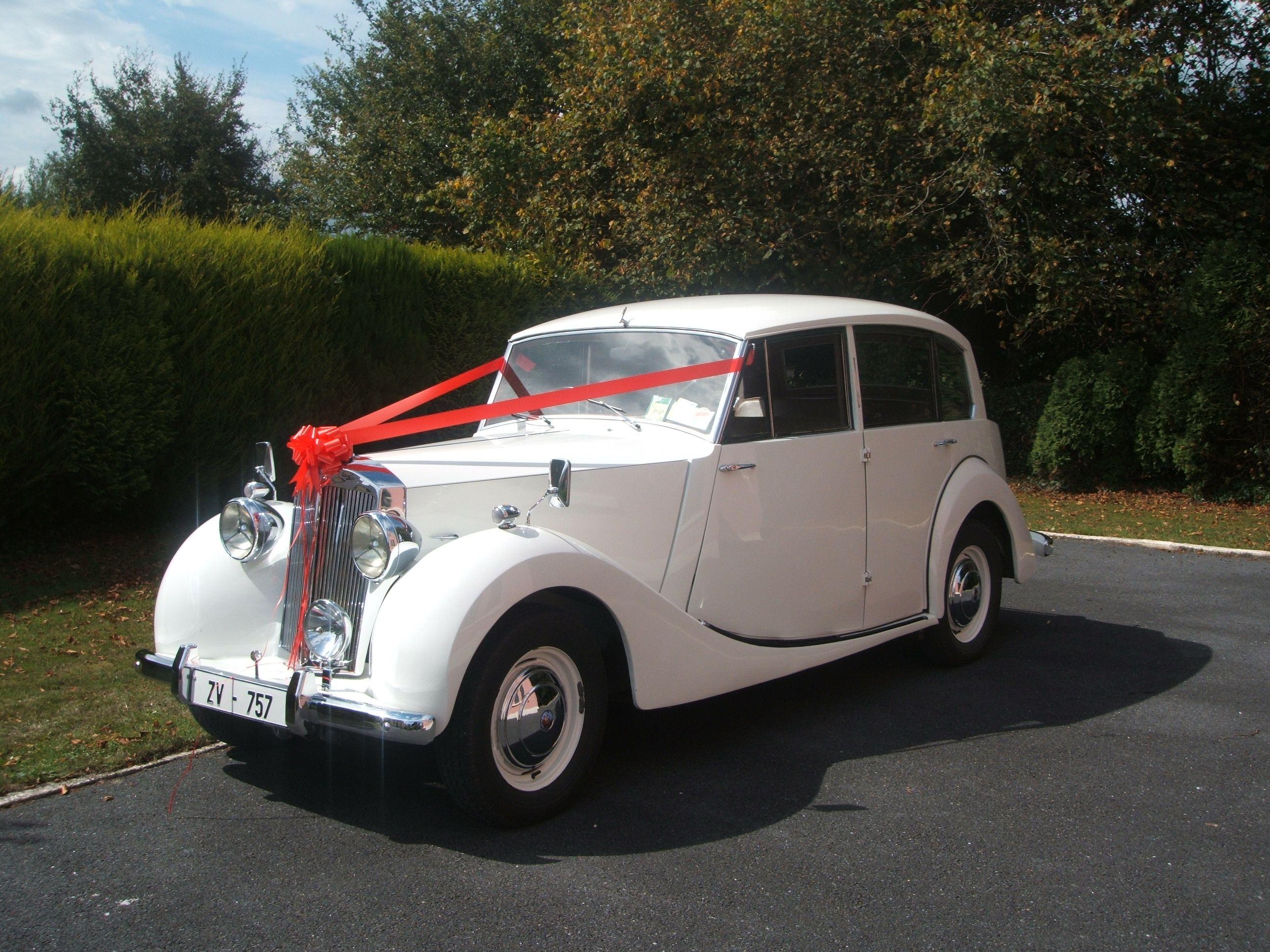 Wedding Car Hire Cork Wedding Vintage Car Hire Vintage Cars Waterford Chauffeur Driven Tipperary Vintage Wedd Wedding Car Hire Vintage Car Wedding Car Hire