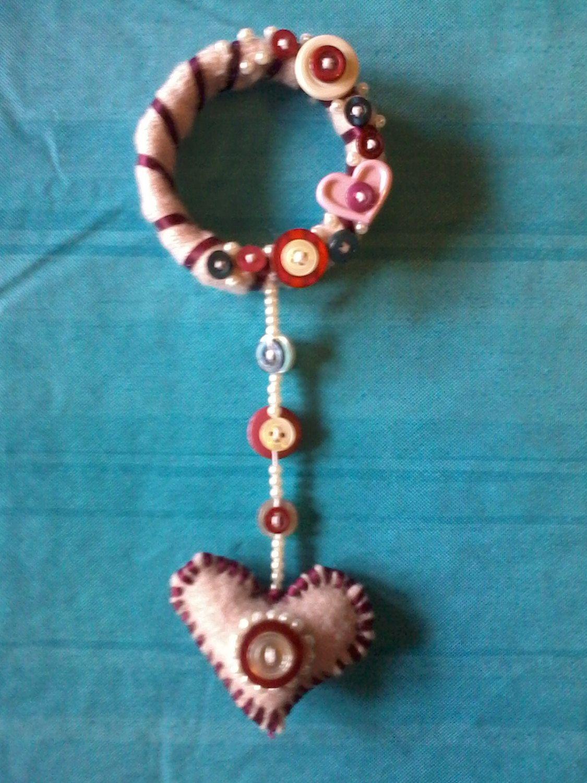 Peg or Door knob Wreath with Suspended Heart | Door knobs, Wreaths ...