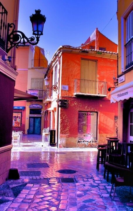 Málaga, esquina calle Granada