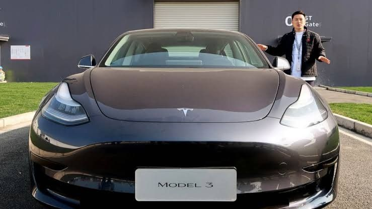 Elon Musk Is Now The 4 Th Richest Person In The World 84 8 Billion Net Worth In 2020 Tesla Shares Tesla For Sale Elon Musk