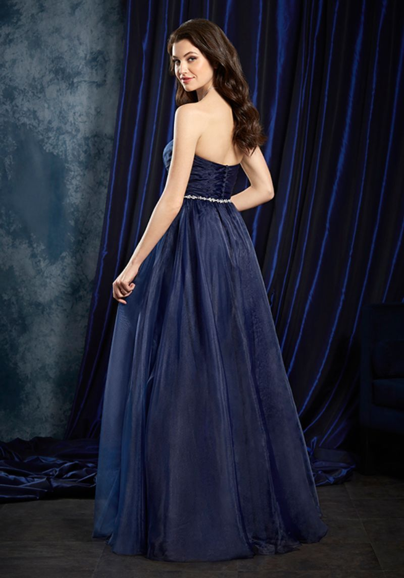 Alfred angelo sapphire bridesmaid dressesalfred angelo alfred angelo sapphire bridesmaid dressesalfred angelo bridesmaids 8107lalfred angelo wedding dresses ombrellifo Image collections