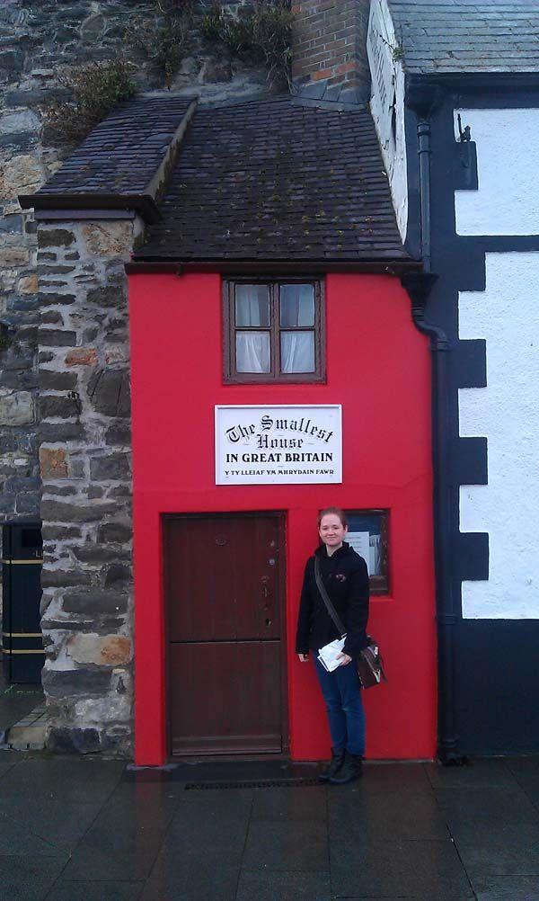 In Conwy A Small Town On The North Coast Of Wales There Is A Building Which Claims To Be The Smallest House In Grea Small House Tiny House Blog Great Britain