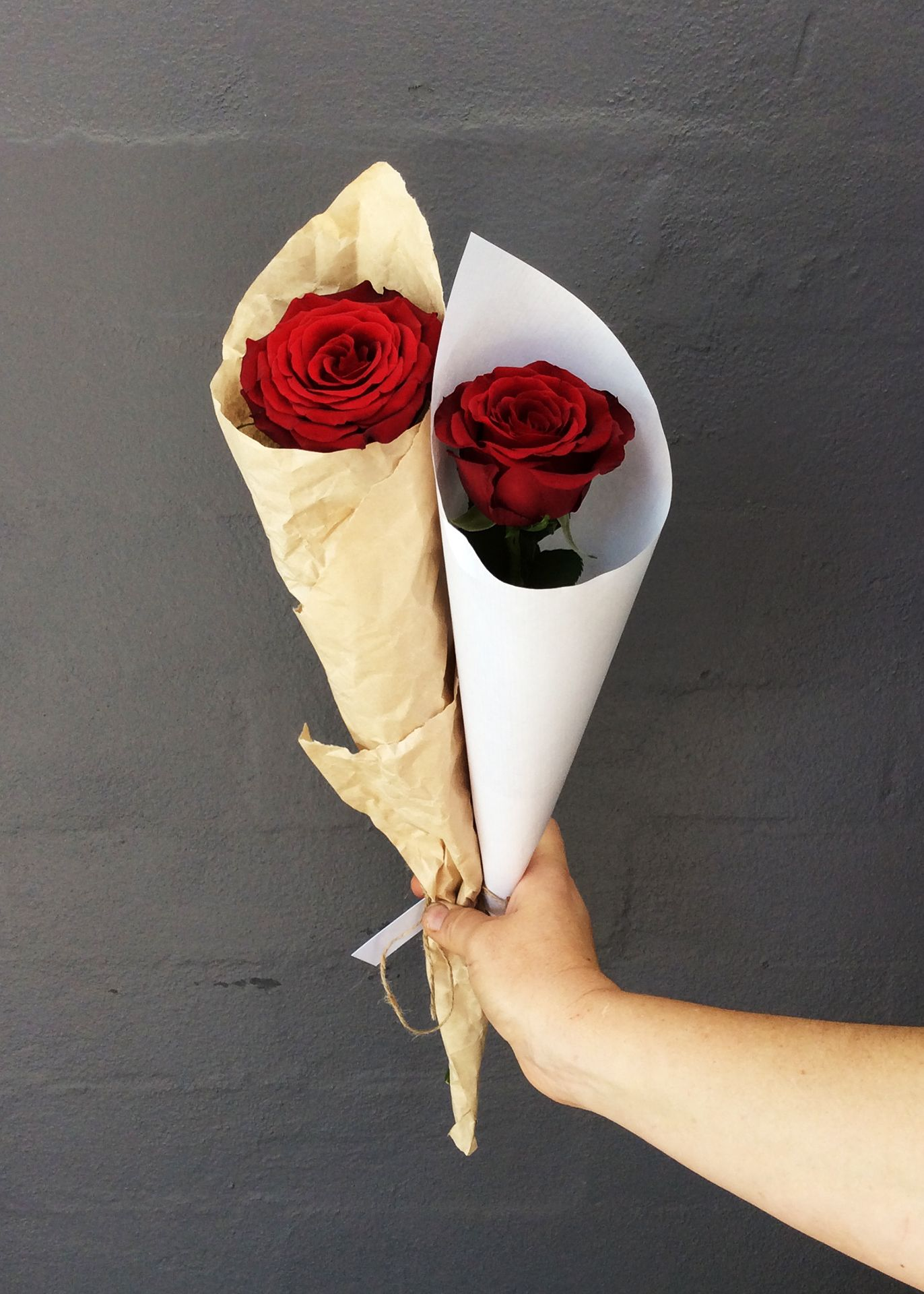 Keep It Simple With A Long Stemmed Red Rose This Valentine S Day Luxury Flowers Red Roses Rose