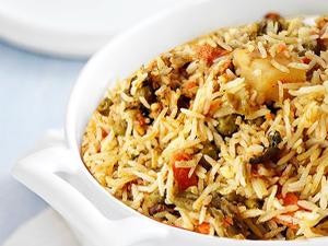 Gemüse Biryani – vegetarisch – indisches Reisgericht | kochen ...