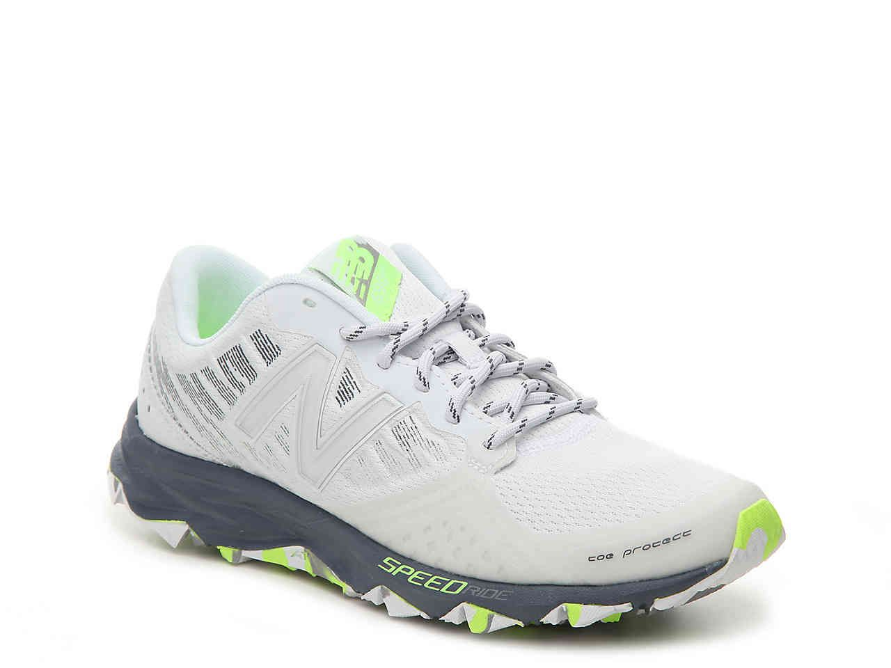 fad0366b696a 690 v2 Lightweight Running Shoe - Women s in Arctic Fox with Thunder   Lime  Glo