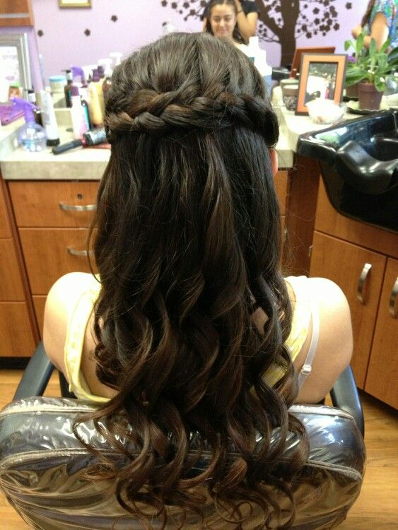 Pin By Kelly Finnie On Senior Ball Hairstyles Ball Hairstyles Hair Styles Hair