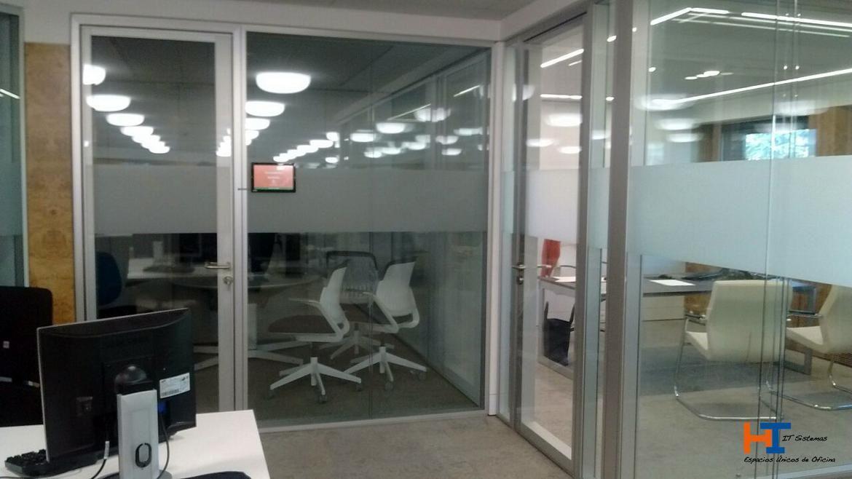 Despachos y salas serie IT-CONCEPT Modelo Colonia.