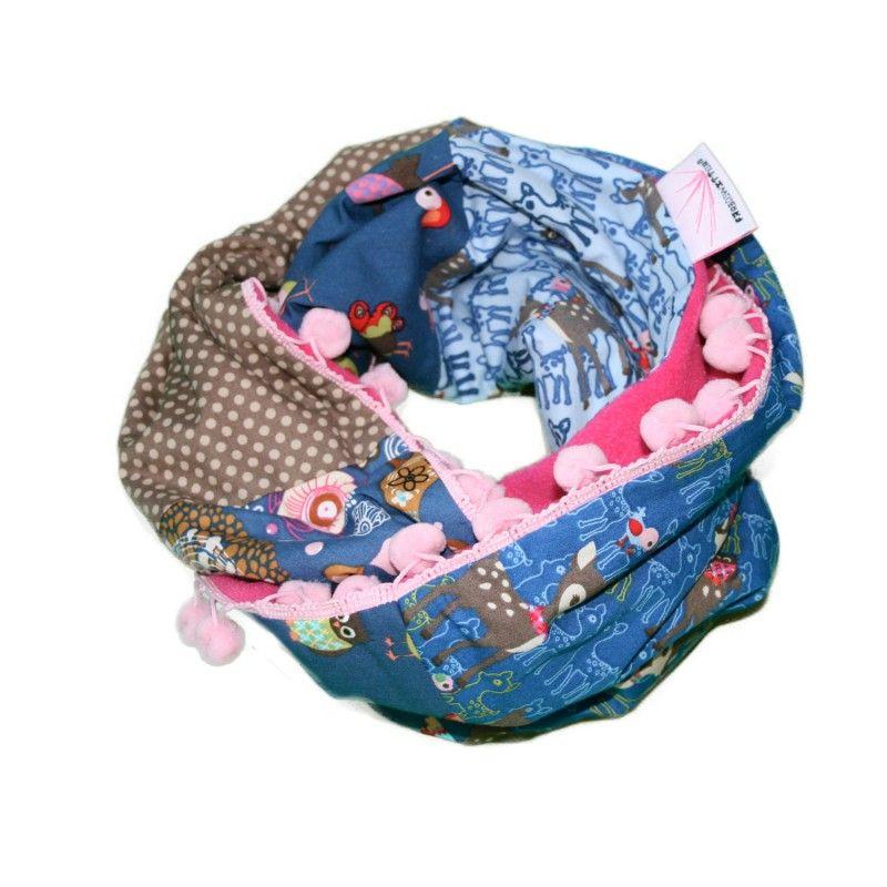 Modischer Kinder Schlauchschal oder Loop, Muster-Mix in Rosa/Blau mit Pompoms, von Farbgewitter