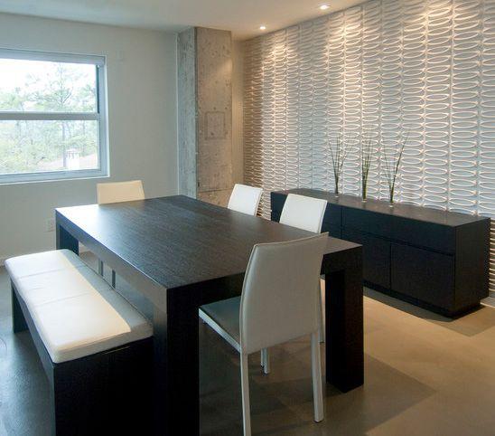 Lieblich Esszimmer Gestalten Mit Weißer 3D Wandpanellen  Esstisch Schwarz Aus Holz  Mit Weißen Esszimmerstühlen