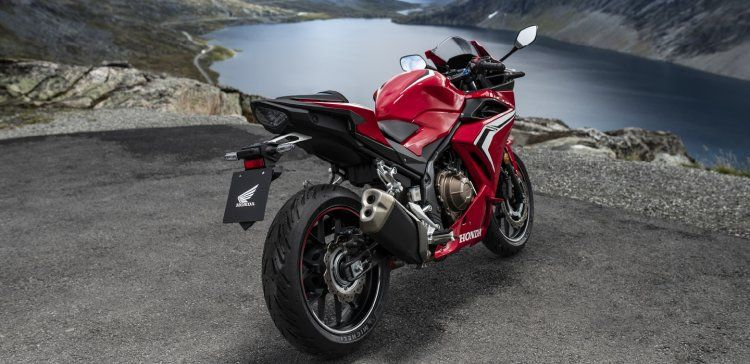 2020 Honda CBR400R with a new 'CBR' logo revealed in Japan