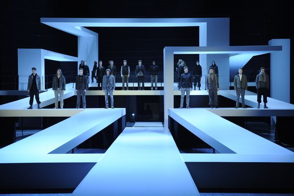 Berlin Fashion Week Party Like It S 1929 Stage Set Design Catwalk Design Set Design Theatre