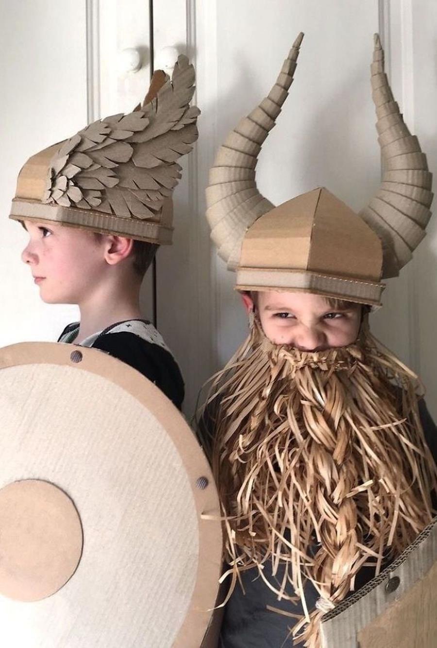 14 costumes en carton géniaux réalisés par une maman très