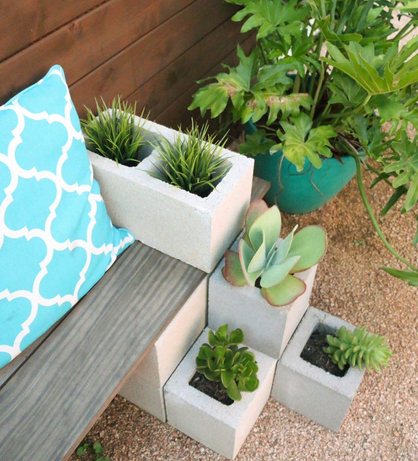 DIY It - Outdoor Succulent Bench