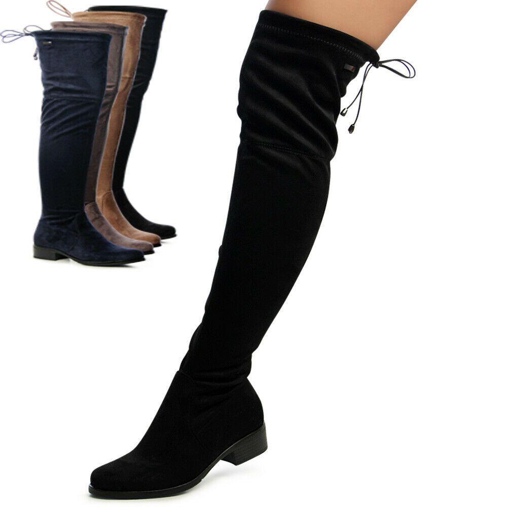 stivali sopra al ginocchio aderenti