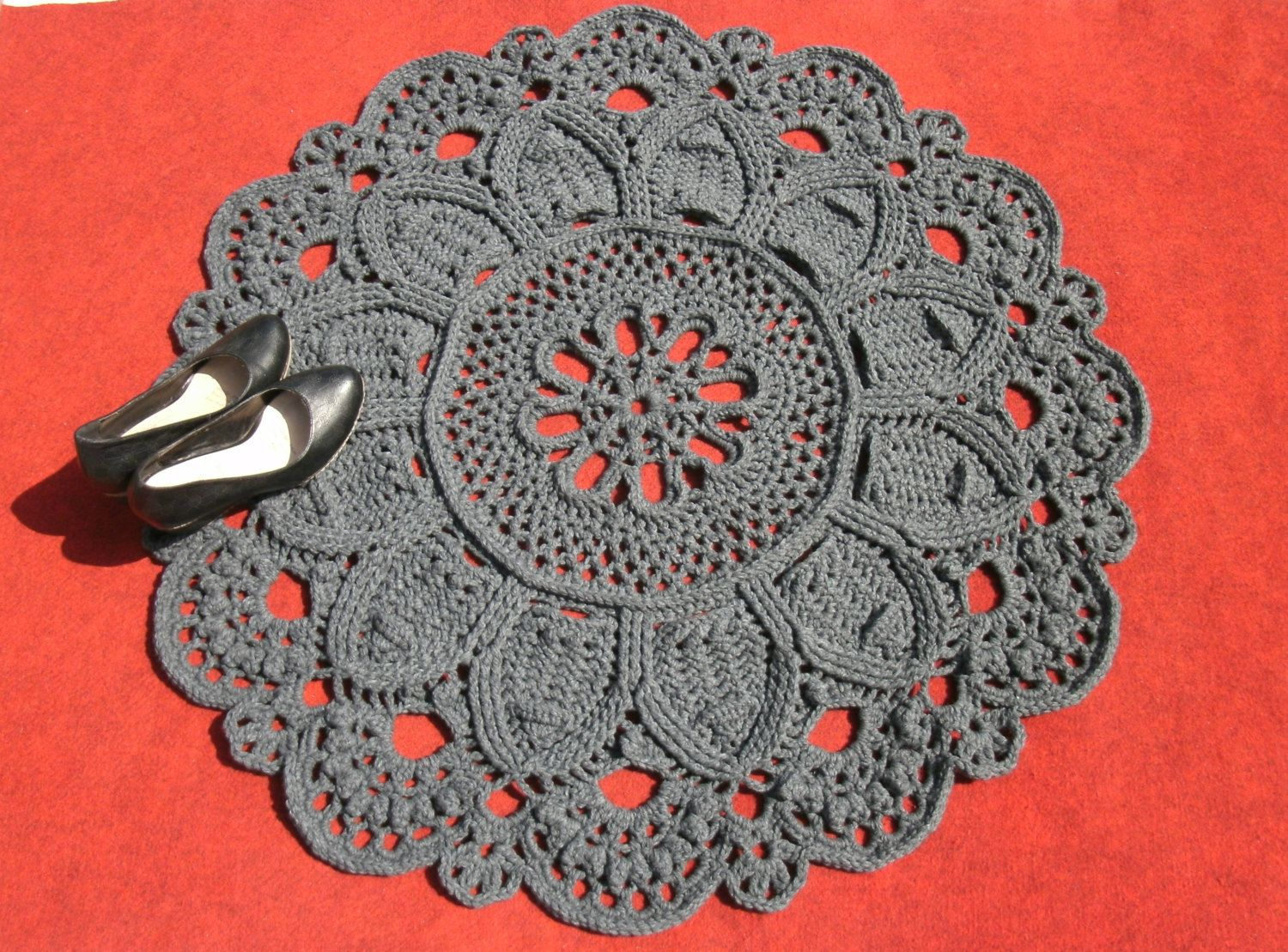 Round doily rug 37 inches Crochet rug Grey doily rug Decorative ...