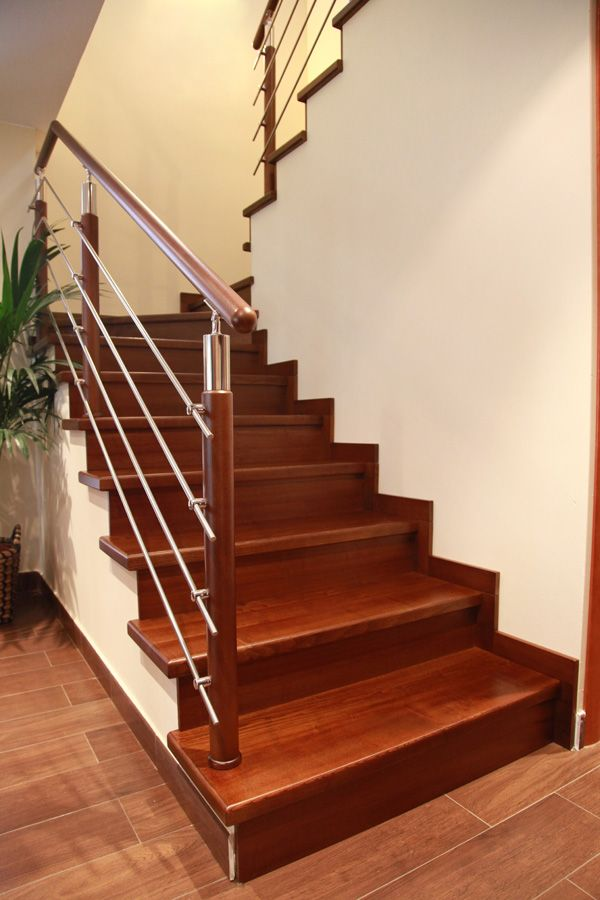 Torneados fuentespalda barandillas y escaleras de madera forja hierro acero inoxidable y - Escaleras de madera modernas ...