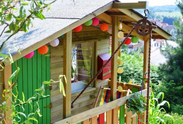 kinderspielhaus im garten tipps zur einrichtung dekoration kinder pinterest garten. Black Bedroom Furniture Sets. Home Design Ideas