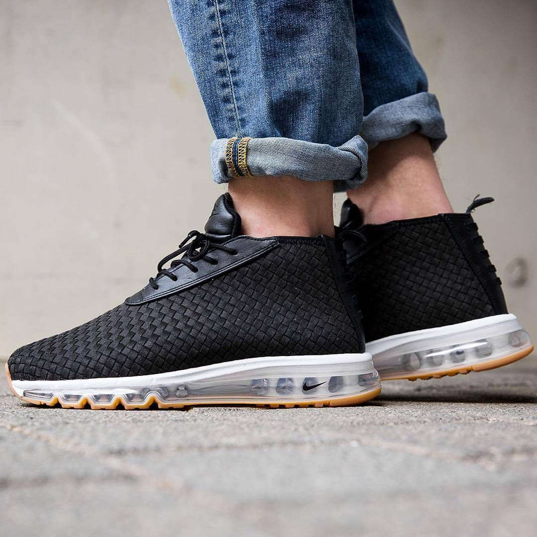 """3c4c880681 1,738 curtidas, 22 comentários - Crepe City (@crepecity) no Instagram:  """"Here's another CW releasing of the Nike Air Max Woven Boot releasing."""