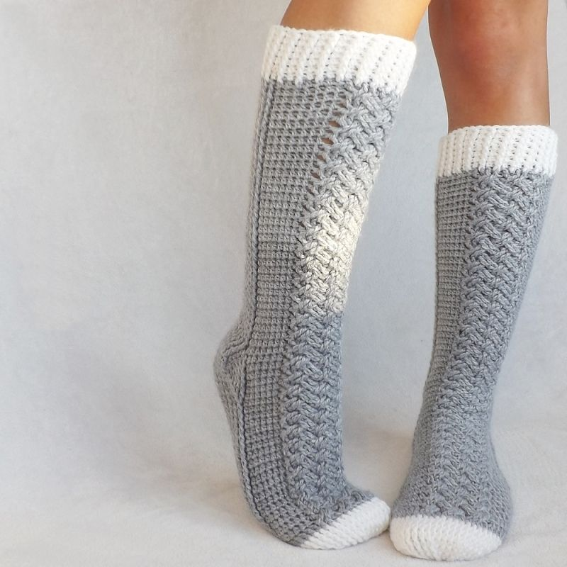Parker Cable Crochet Socks crochet pattern - Allcrochetpatterns.net ...