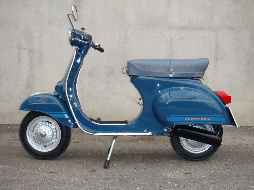vespa 125 primavera blue color google zoeken scooters. Black Bedroom Furniture Sets. Home Design Ideas