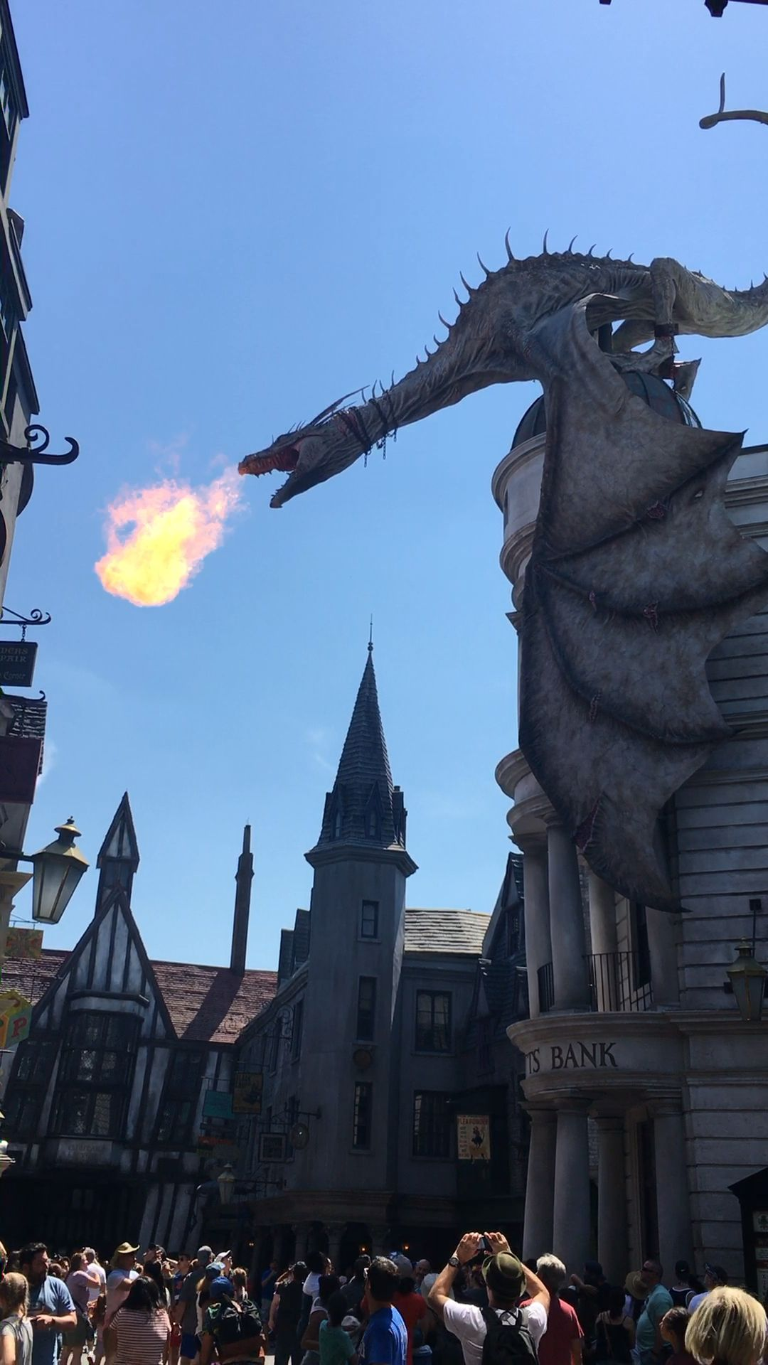 Ultimate Muggle Guide to Diagon Alley Episode 32