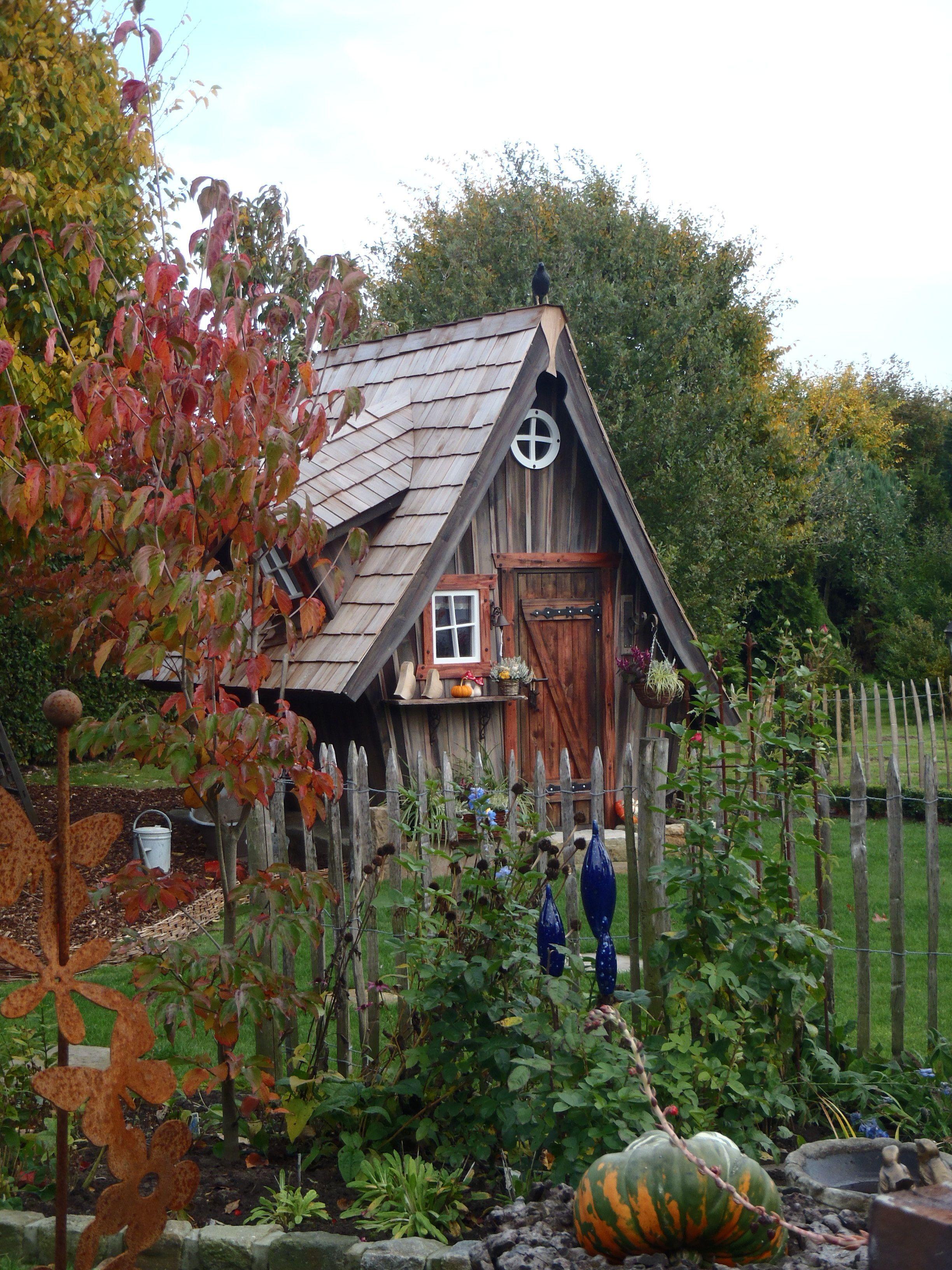 Hexenhaus zum selbst aufbauen vom Künstler Kai Schaede