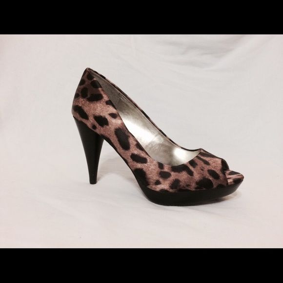 Holiday SALEStyle&Co Leopard Celine Pumps Style & Co animal print peep toe pumps. Women's size 6. Perfect condition! Style & Co Shoes Heels